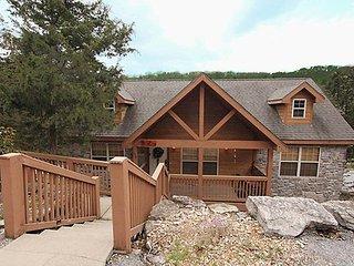 Dakota Lodge ~ RA148631