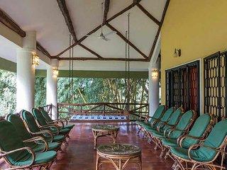 Golden Field Resorts - Bedroom 1