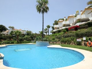 1994 - 2 bed apartment, Calahonda Golf, Calahonda, Mijas Costa
