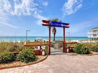 Front Beach Condo - 3 bedroom/3 bath with wrap around balcony! ~ RA158866