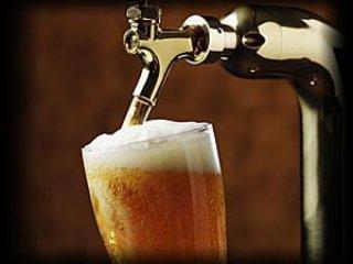 Din egen kalla själv tjäna utkast till öl i omgångar vid villa!