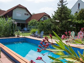 Casa Lavanda #Apt1 - Lovely apartment, pool & garden, 400m from the beach