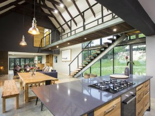 Mount High Luxury Country Lodge -   Two-Bedroom Villa