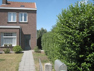 House in Bruges with Internet, Terrace, Garden (39677)
