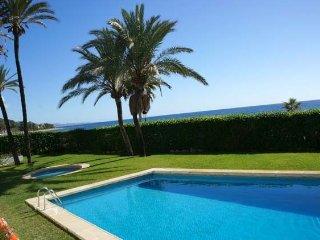 Apartment in Golden Mile Marbella Club - Puente Romano