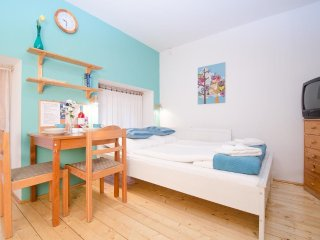 Studio apartment 363 m from the center of Budapest with Internet, Washing machin