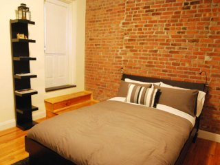Cozy Studio West Village (8648)