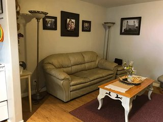 Full Basement Apartment With All the Fixings!