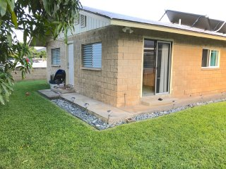 Kailua, Cozy, 2 bedroom, Duplex Home