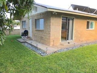 Kailua, Cozy, 2 bedroom, Duplex Home
