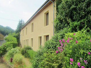 Country house in Florenville with Internet, Terrace, Garden (35743)