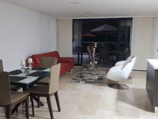 Beatiful luxury apartament excellent view City