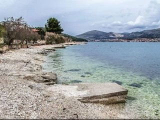 Apartment Lucky Star - Enjoy a Winter Getaway on Ciovo Island, Trogir, Croatia!