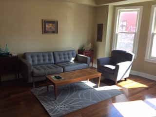 Luxury & Spacious Apartment near Independence Mall