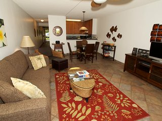 5 Star Ratings! Kam Sands.. Updated, AirCon, Courtyard, Build. #7, Ground Floor