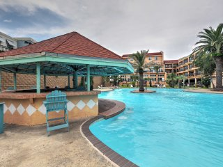 NEW! 1BR Galveston Condo w/3 Pools and Ocean View!