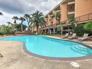 NEW! 1BR Galveston Condo w/3 Pools and Ocean View!