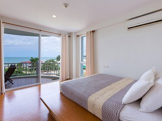 Two-Bedroom Apartment-Sea View:CDC Baan Poolom Beachfront Condominium,HuaHin