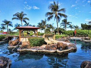 One Bedroom with peek-a-boo ocean view from your lanai! - Nani Lani at 438 Konea
