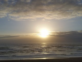 Amazing Oceanfront Views!- November Special Rent Three Nights, Get One Free!