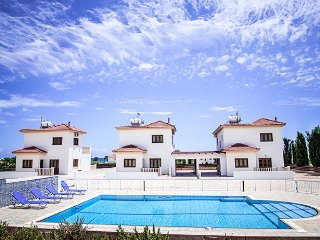 ATHENA VILLA - 3 x 3 bed villas with shared pool - perfect for weddings