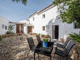 Country house in Algarinejo with Internet, Pool, Parking, Terrace (334794)