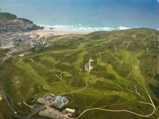 Luxury Lodges in a small secluded site of Perranporth Golf Club