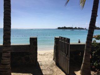 Villa pied dans l'eau perebeyre , nord de l'île maurice, a louer