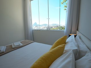 02 BEDROOM APARTMENT WITH SUGAR LOAF VIEW S301