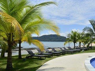 Apartamento vista sobre el oceano y el canal de Panama