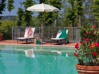 6 bedroom Villa in Poggio alle Mura, Tuscany, Italy : ref 5226729