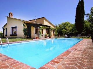 3 bedroom Villa in Monteriggioni, Tuscany, Italy : ref 5226892