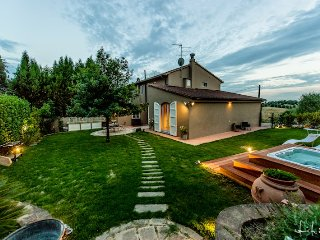 3 bedroom Villa in Vinci, Tuscany, Italy : ref 5226674