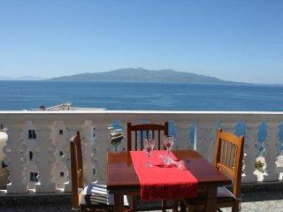 Villa Mucho rooms with sea view