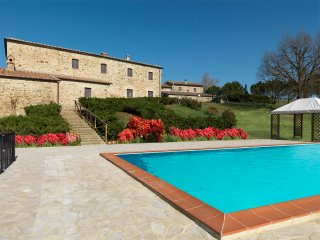 2 bedroom Apartment in Casa Montacuto, Tuscany, Italy : ref 5227061