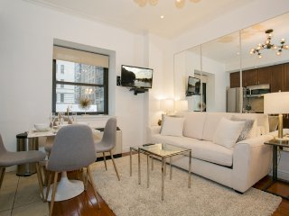 Luxurious 1 beds Time Square (8743)