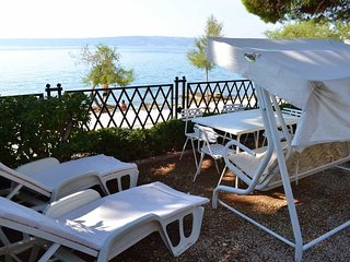 Beside The Sea Kaštela Apartment for 10 guests