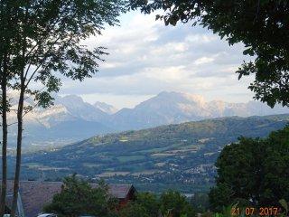 CHALET Vue Montagne Tanquillit