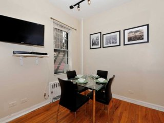 Beautiful Studio West Village (8930)