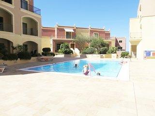 Prestige Designer Apartment Swimming Pool Wifi