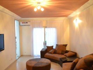 Bel Appartement neuf meuble 3ch, salon, cuisine, 2 sdb et toilettes visiteurs