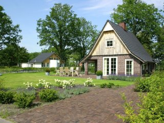 Villa in Hellendoorn with Internet, Pool, Parking, Terrace (291809)