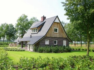 Villa in Hellendoorn with Internet, Pool, Parking, Terrace (291807)