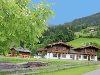 House in the center of Helfenstein with Internet, Parking, Terrace, Garden