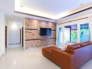 3 BEDROOMS PRIVATE POOL VILLA IN KATHU-PHUKET TOWN