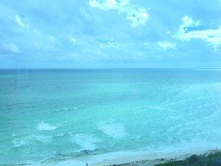 Superbe Vue Ocean, PISCINE, PARKING GRATUIT 4 personnes Tout inclus !!!