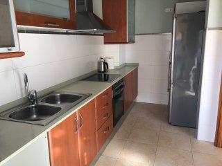 3 Bedroom Apartment, Beach + Port Forum + Cafe del Mar Club
