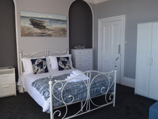 The Brunel Studio apartment with balcony and sea views.