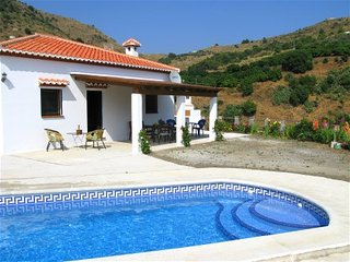 holiday house in the mountains of Almunecar, 10 km from the coast
