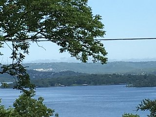 Branson, MO Area / Table Rock Lake House near  with Boat Launch Available